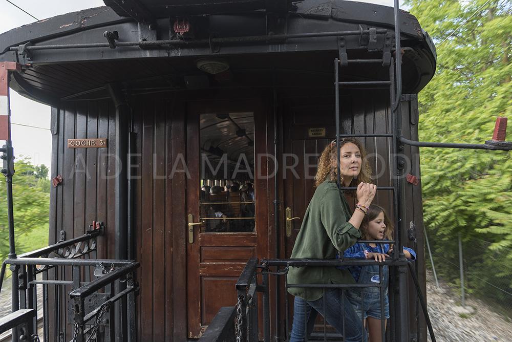 Atardecer y vuelta en el Tren de la Fresa hacia Madrid ©Jose Ramon Aguirre