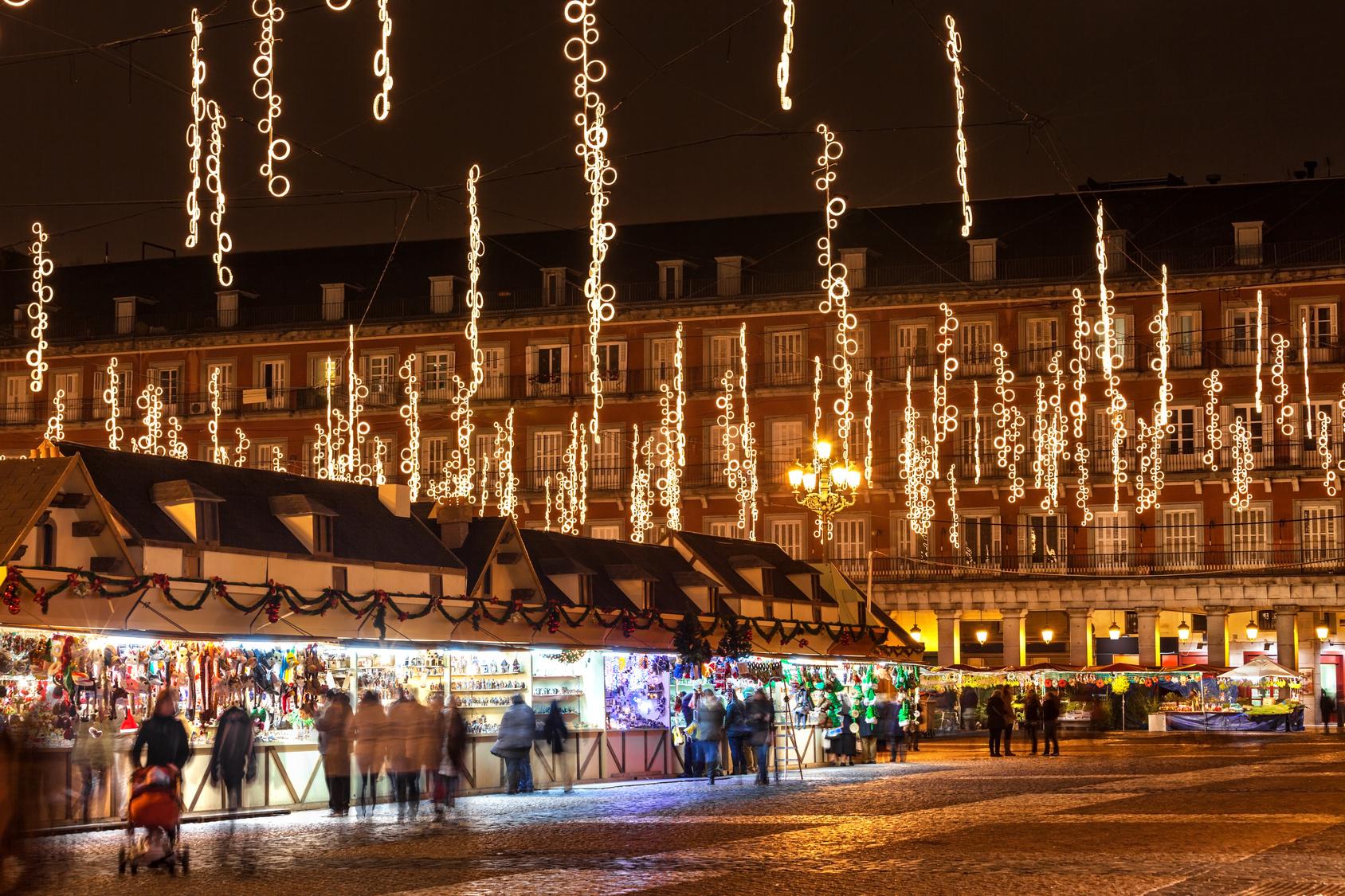 Plaza Mayor de Madrid. Ruta Costumbres y Tradiciones navideñas en Madrid