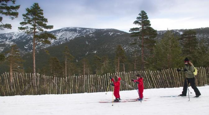 Esquí de fondo en Navafría en familia