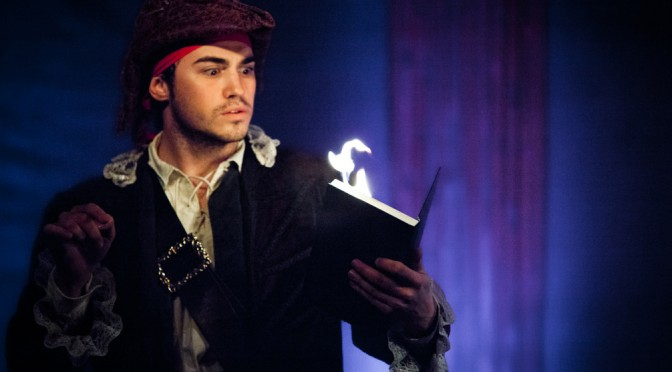 Trucos, agua y muchas risas en Magia Pirata