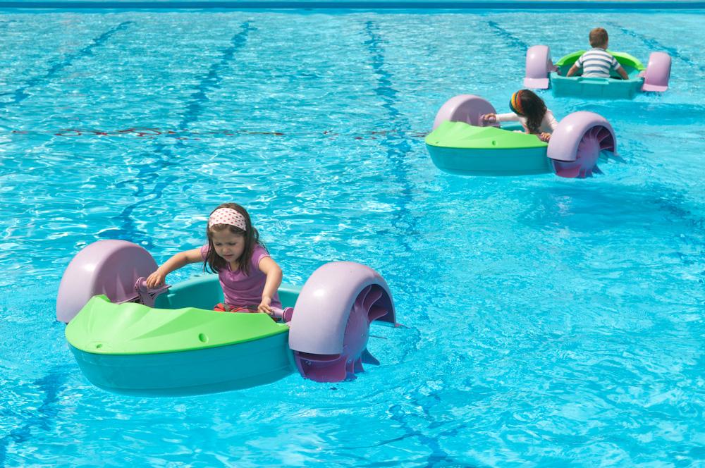 Actividades de piragua en piscina © Jose Ramón Aguirre