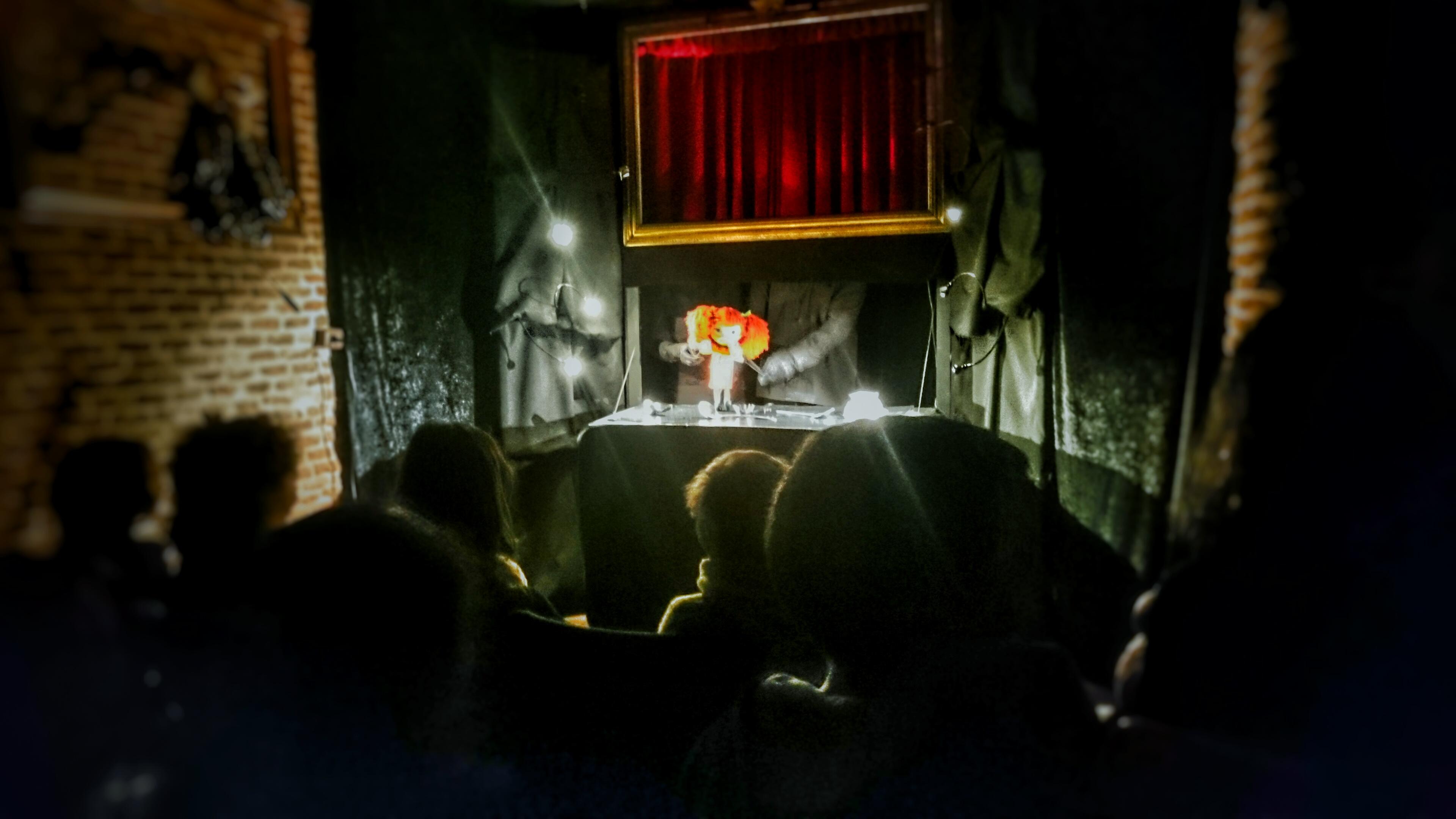 Teatro Cueva Clan de Bichos © J.R. Aguirre