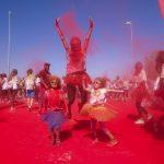 Carrera entre polvos de colores ¡A correr en la Holirun!