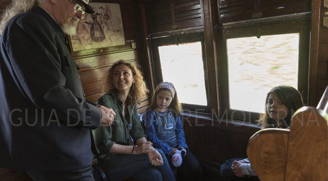 El Tren de la Fresa con los niños