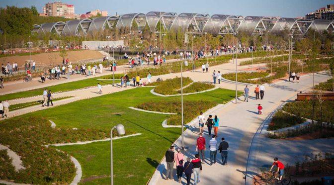¡Pero qué bonito es mi Manzanares! Paseo por Madrid río con los niños
