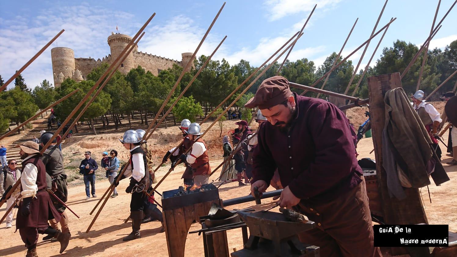 Oficio de herrero en el medievo. ©José Ramón Aguirre