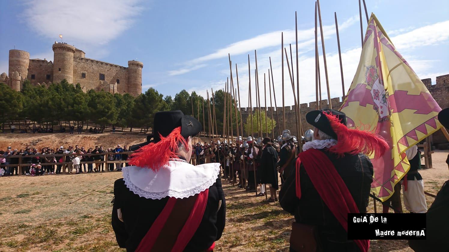 Tercios de España del siglo XVIII en el Castillo de Belmonte. Cuenca. ©José Ramón Aguirre