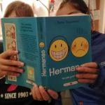 Hermanas, novela gráfica sobre la relación entre hermanos